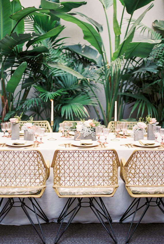 There are modern details and glam touches, too, and the tropical location is embraced