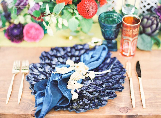 Peacock blue napkins and glass plates | Lauren Gabrielle Photography