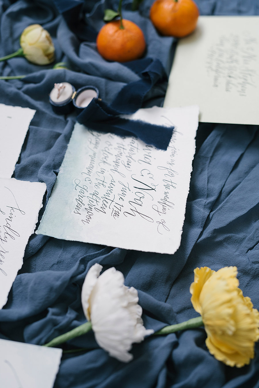 elegant wedding stationery - photo by Ashlee Brooke Photography http://ruffledblog.com/summertime-citrus-wedding-inspiration