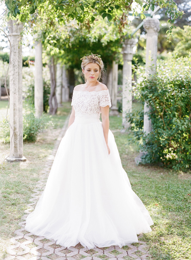 Off the shoulder wedding dress | Erika Parker Photography