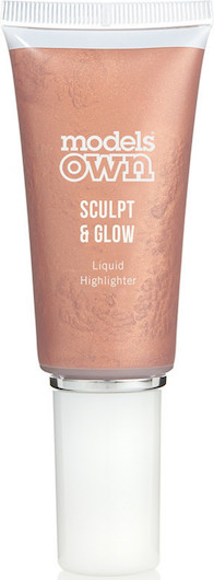 This new rose gold liquid highlighter is the perfect pick to get a dewy, luminous glow that's not the least bit sparkly or glittery! Strobing made easy!