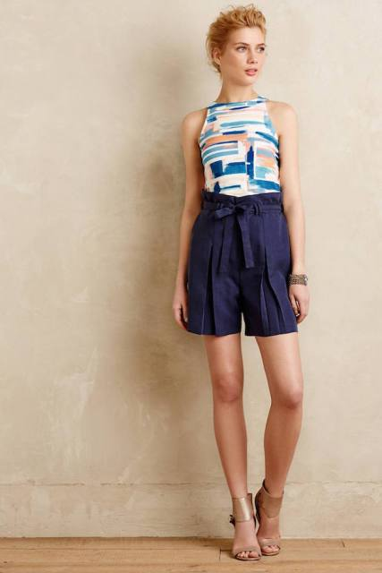 With printed top and beige leather sandals