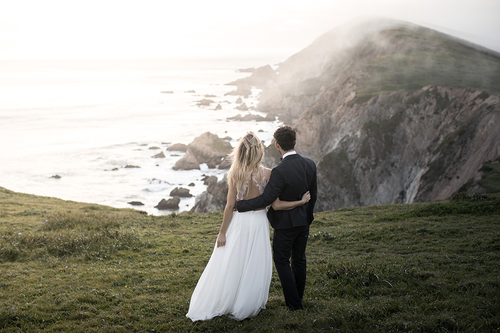 wedding photography - photo by Tyler Rye Photography http://ruffledblog.com/romantic-coastal-california-wedding-inspiration
