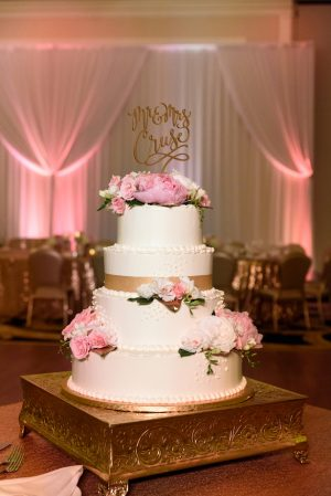 Pink floral wedding cake - Katie Whitcomb Photographers