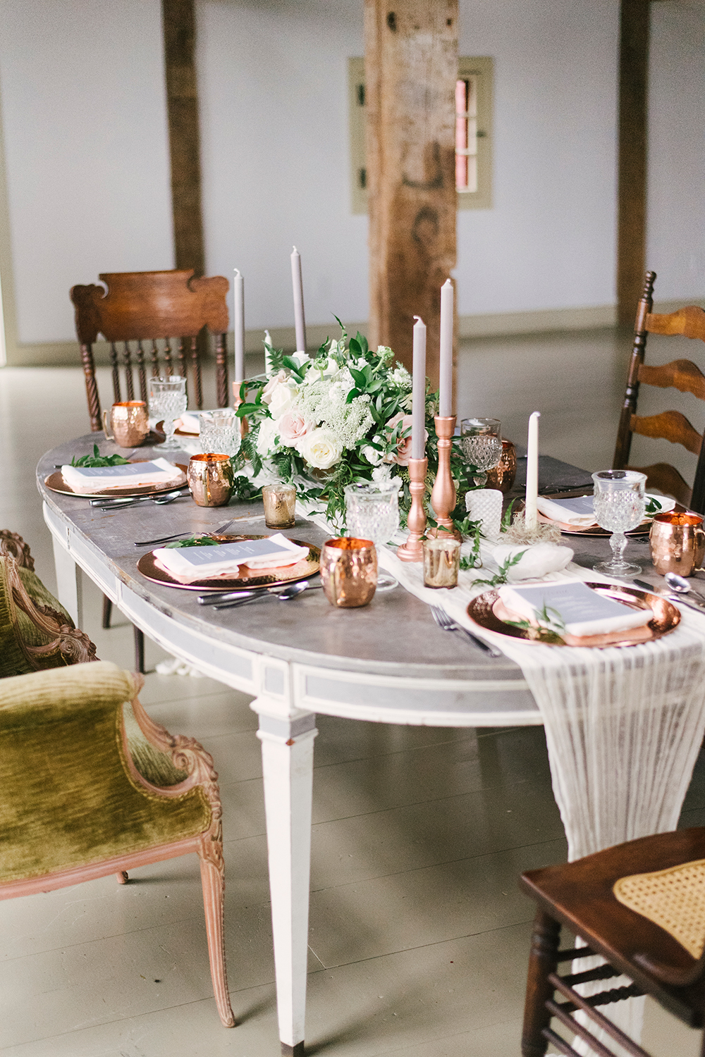 modern copper wedding inspiration - photo by Alicia King Photography http://ruffledblog.com/upstate-new-york-wedding-ideas-with-copper