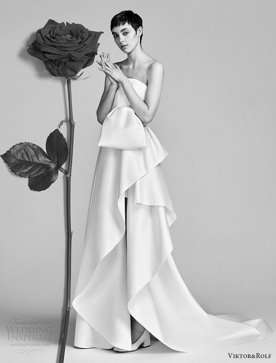 viktor and rolf spring 2018 bridal strapless straight across bow bodice a line wedding dress (13) mv train