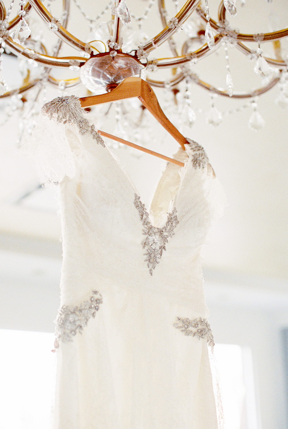 wedding dress details - photo by Alexis June Weddings http://ruffledblog.com/for-the-love-of-copper-wedding-inspiration