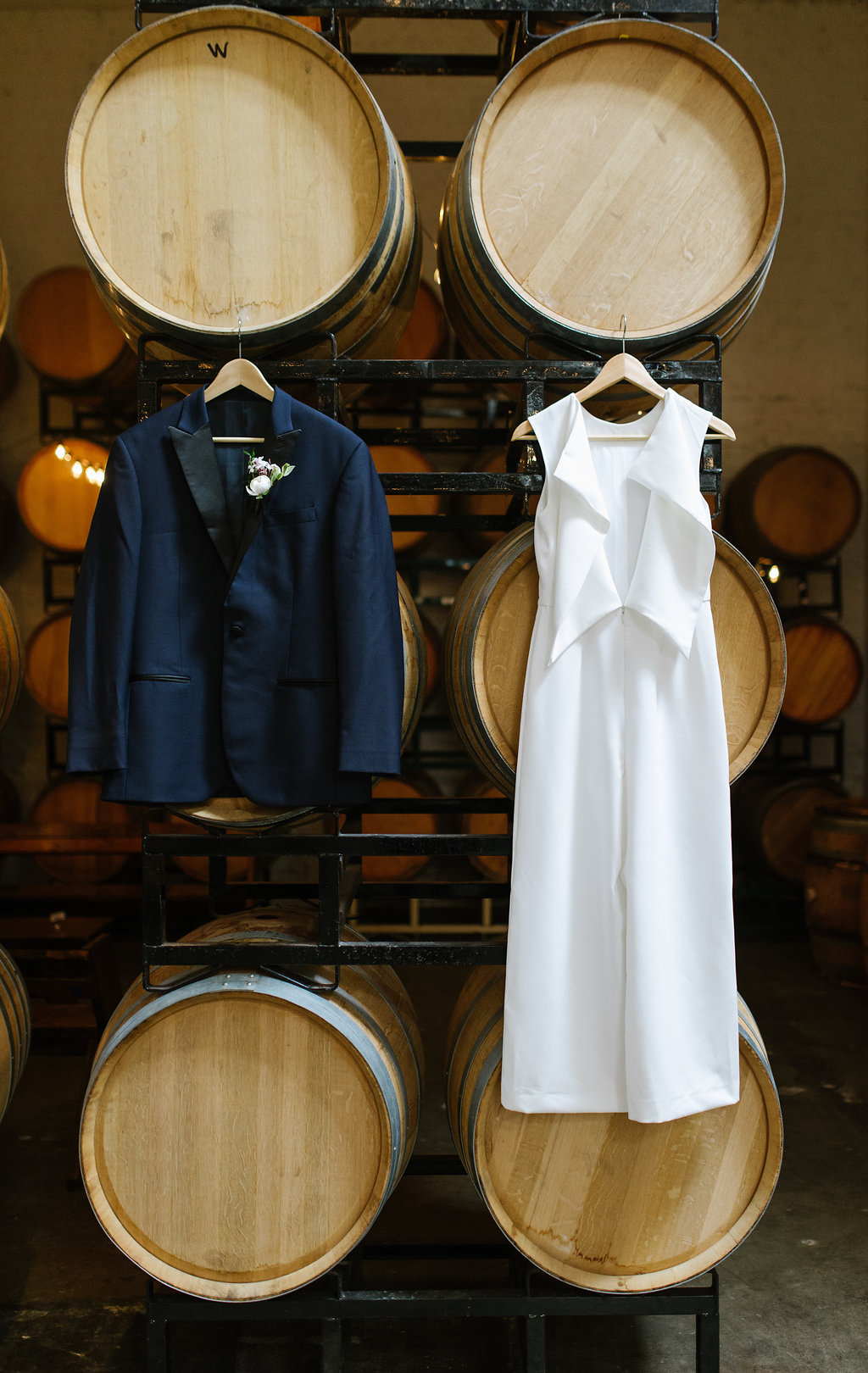 wedding fashion - photo by Chelsea Dier Photography http://ruffledblog.com/modern-san-francisco-winery-elopement