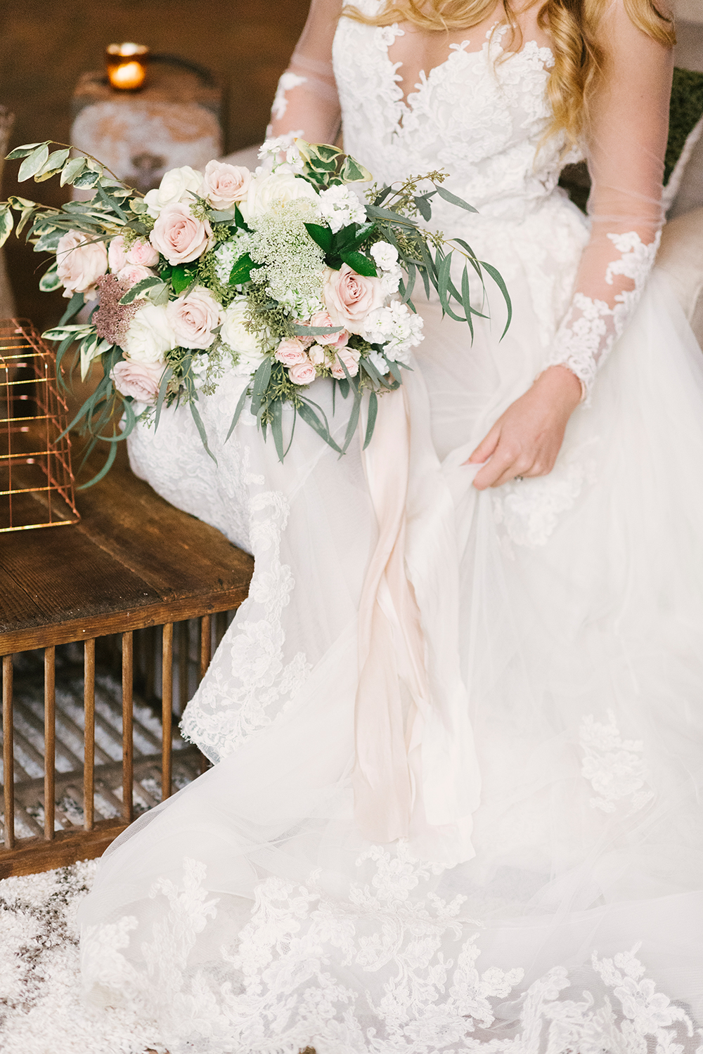 bridal fashion - photo by Alicia King Photography http://ruffledblog.com/upstate-new-york-wedding-ideas-with-copper