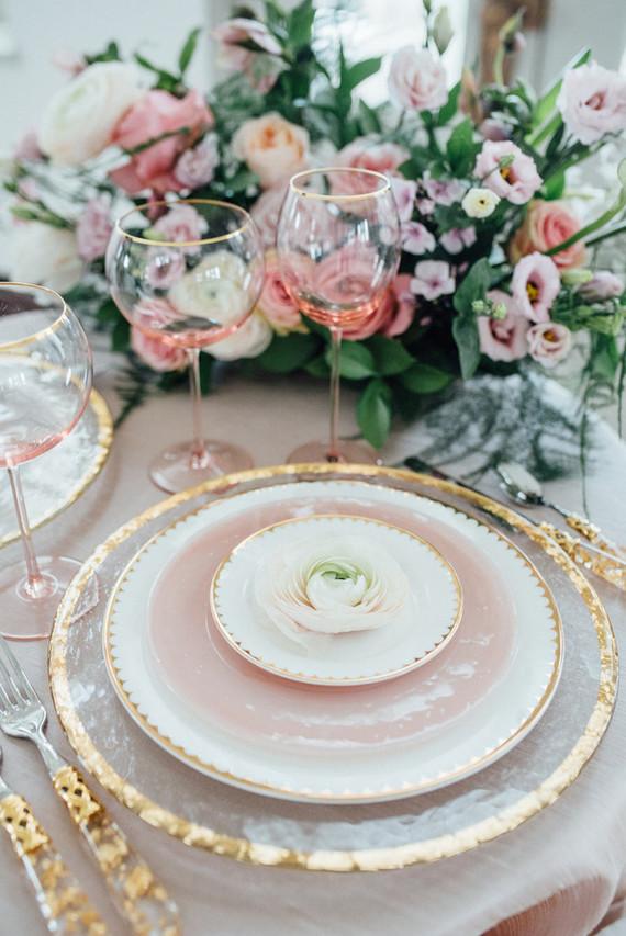 Look at these gorgeous pink shades and gold touches, they look ideal