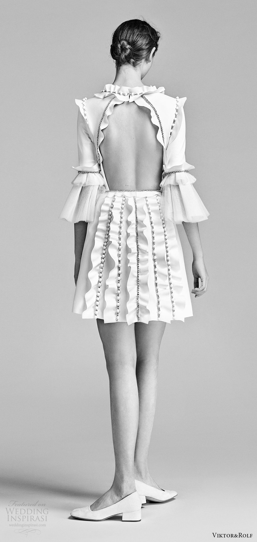 viktor and rolf spring 2018 bridal 3 quarter bell sleeves jewel neck short a line wedding dress (16) bv keyhole back ruffles