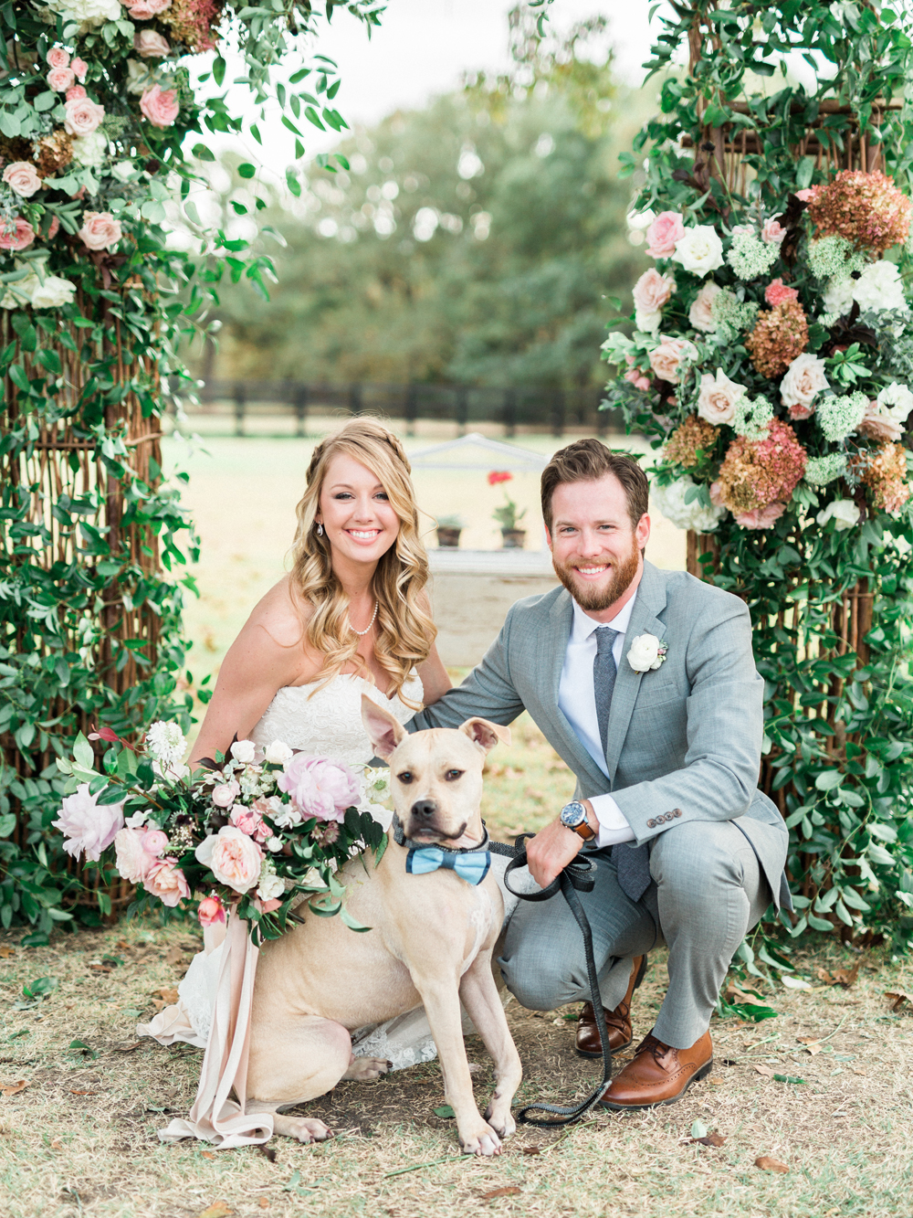 pets at weddings - photo by Elisabeth Carol Photography http://ruffledblog.com/picturesque-garden-wedding-at-white-sparrow-barn