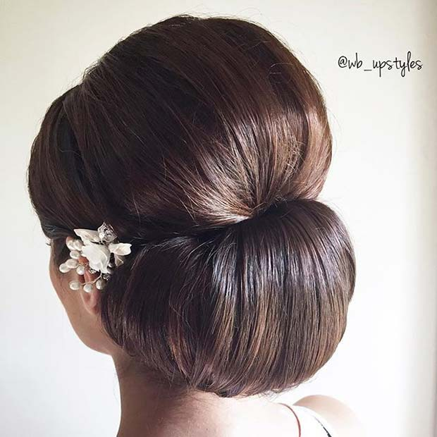 Sleek Chignon Updo Idea for Prom