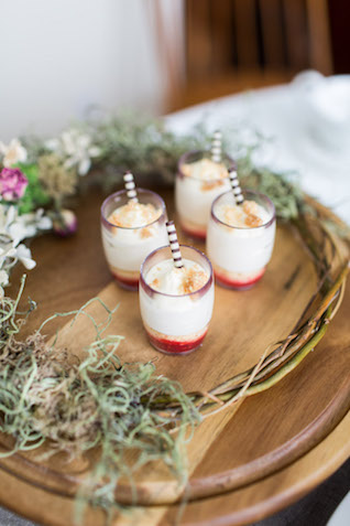 Wedding cake and dessert tasting, buying, and sizing tips | Cavin Elizabeth Photography
