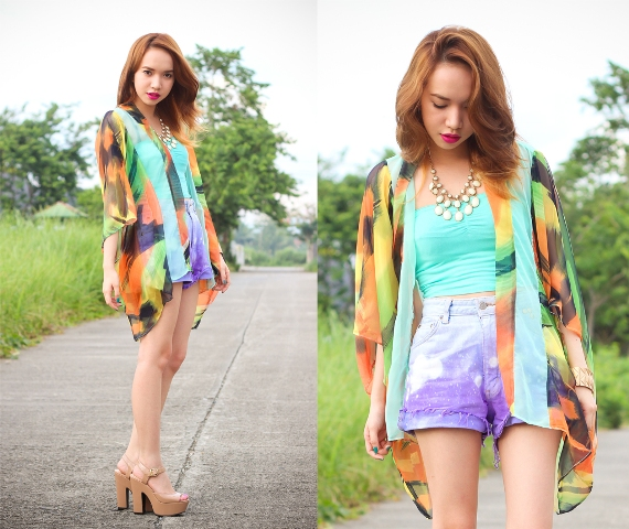With top, printed blazer and platform sandals