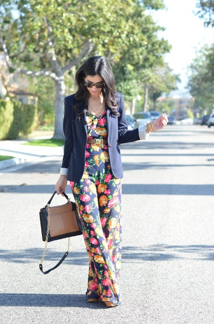 With navy blue blazer and two color bag