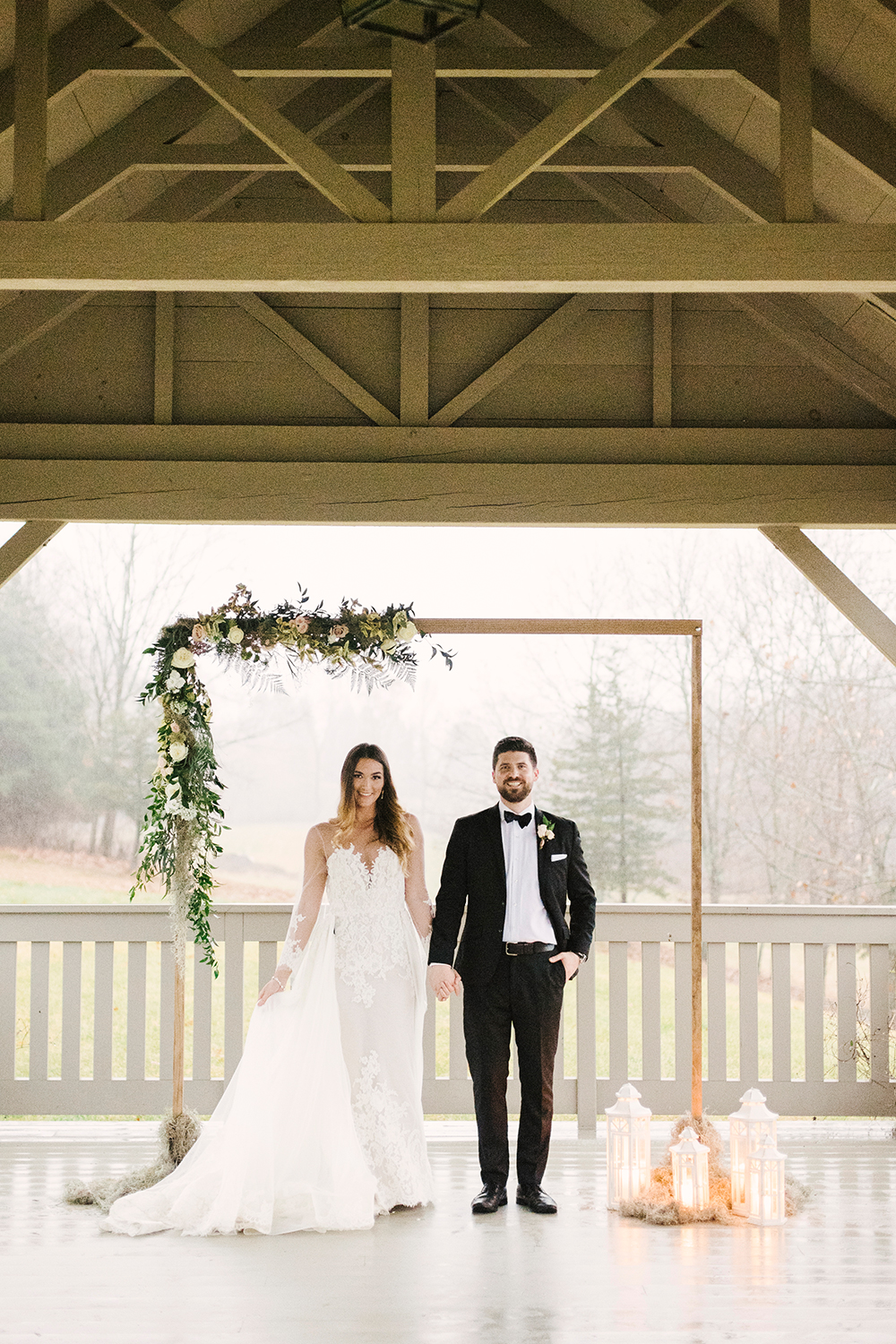 wedding ceremonies - photo by Alicia King Photography http://ruffledblog.com/upstate-new-york-wedding-ideas-with-copper