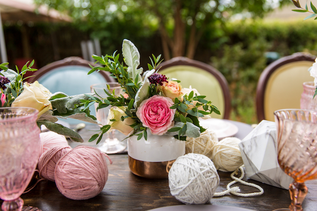 Yarn ball centerpieces | Kristopher Lindsay Photography + Milk Glass Productions