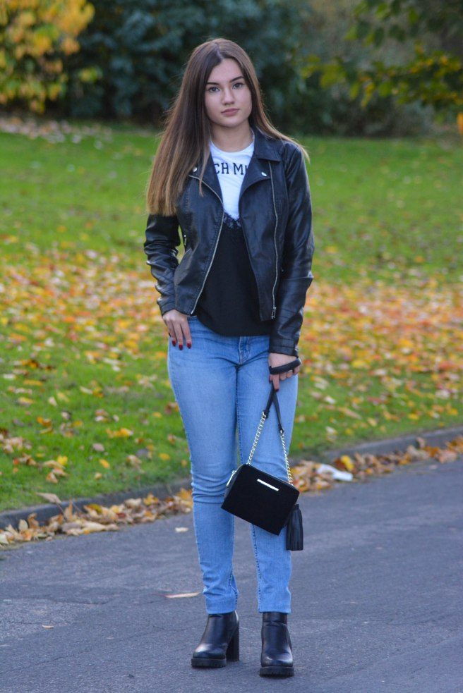 Outfits with Velvet Handbags (13)