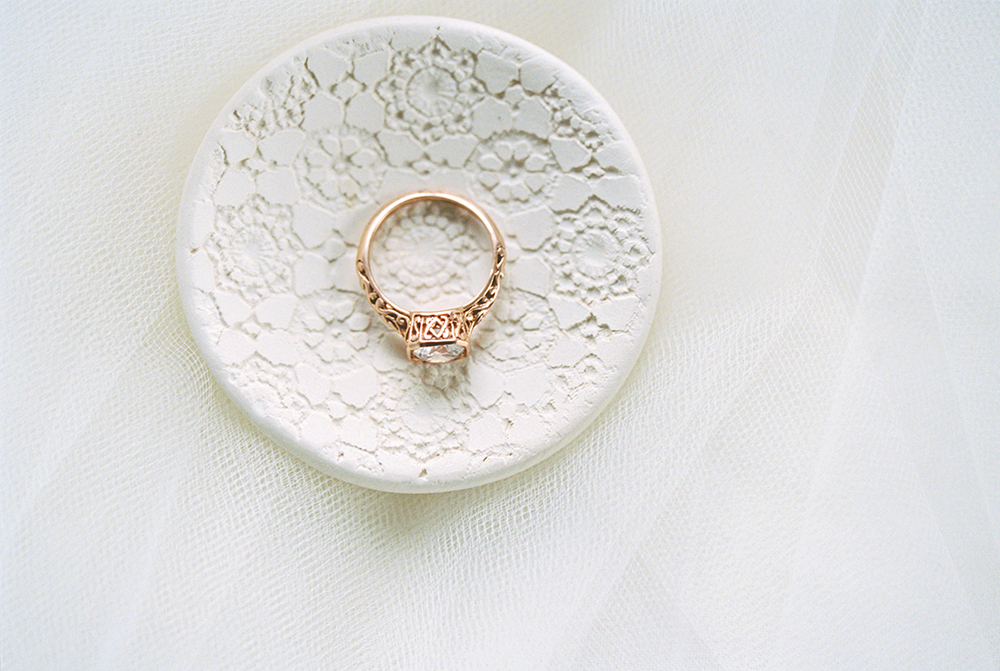 unique ring dishes - photo by Alexis June Weddings http://ruffledblog.com/for-the-love-of-copper-wedding-inspiration
