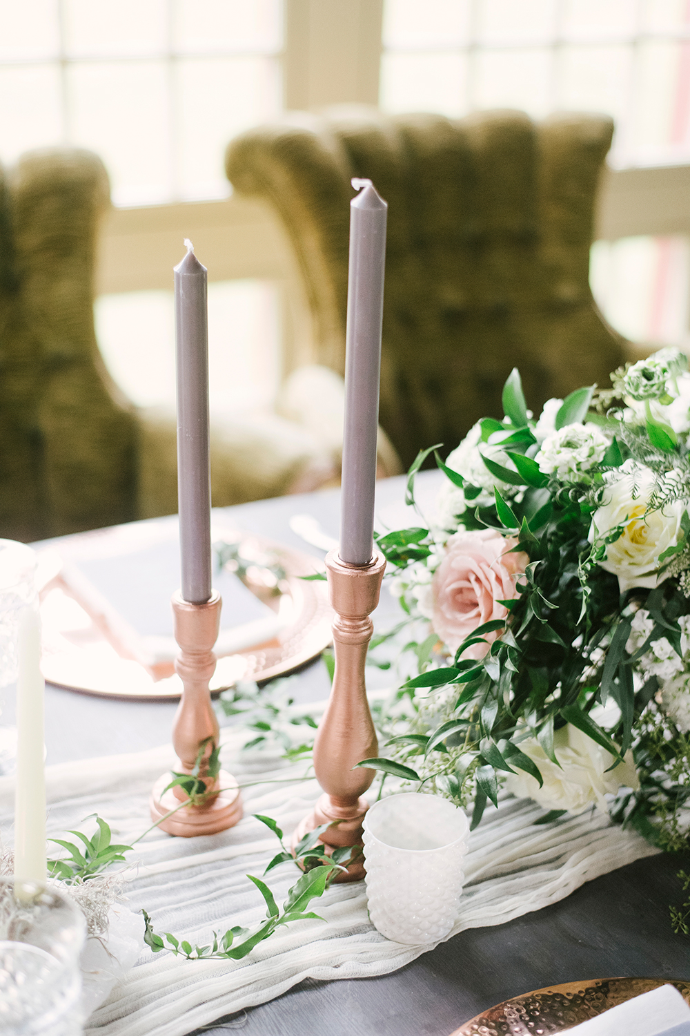 wedding candles - photo by Alicia King Photography http://ruffledblog.com/upstate-new-york-wedding-ideas-with-copper
