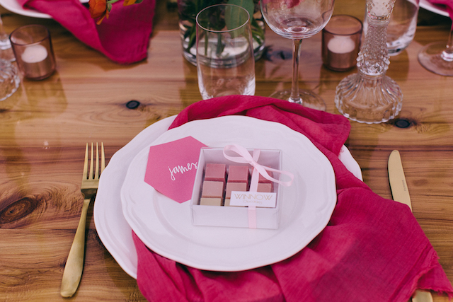Pink organic chocolate wedding favors | Katie Hillary Photography