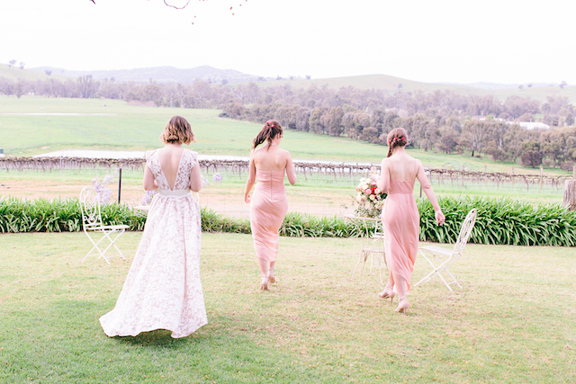 Bridesmaids in blush pink | Katie Hillary Photography