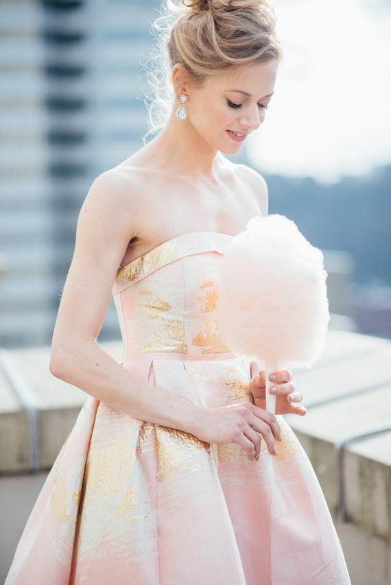 This beautiful and elegant shoot was inspired by French chic, rose and a little by Carria Bradshaw