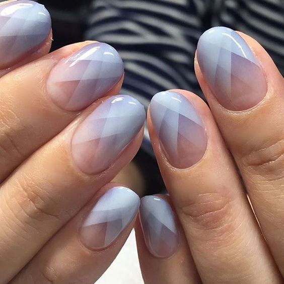 gradient geometric nails in pink, lavender and white