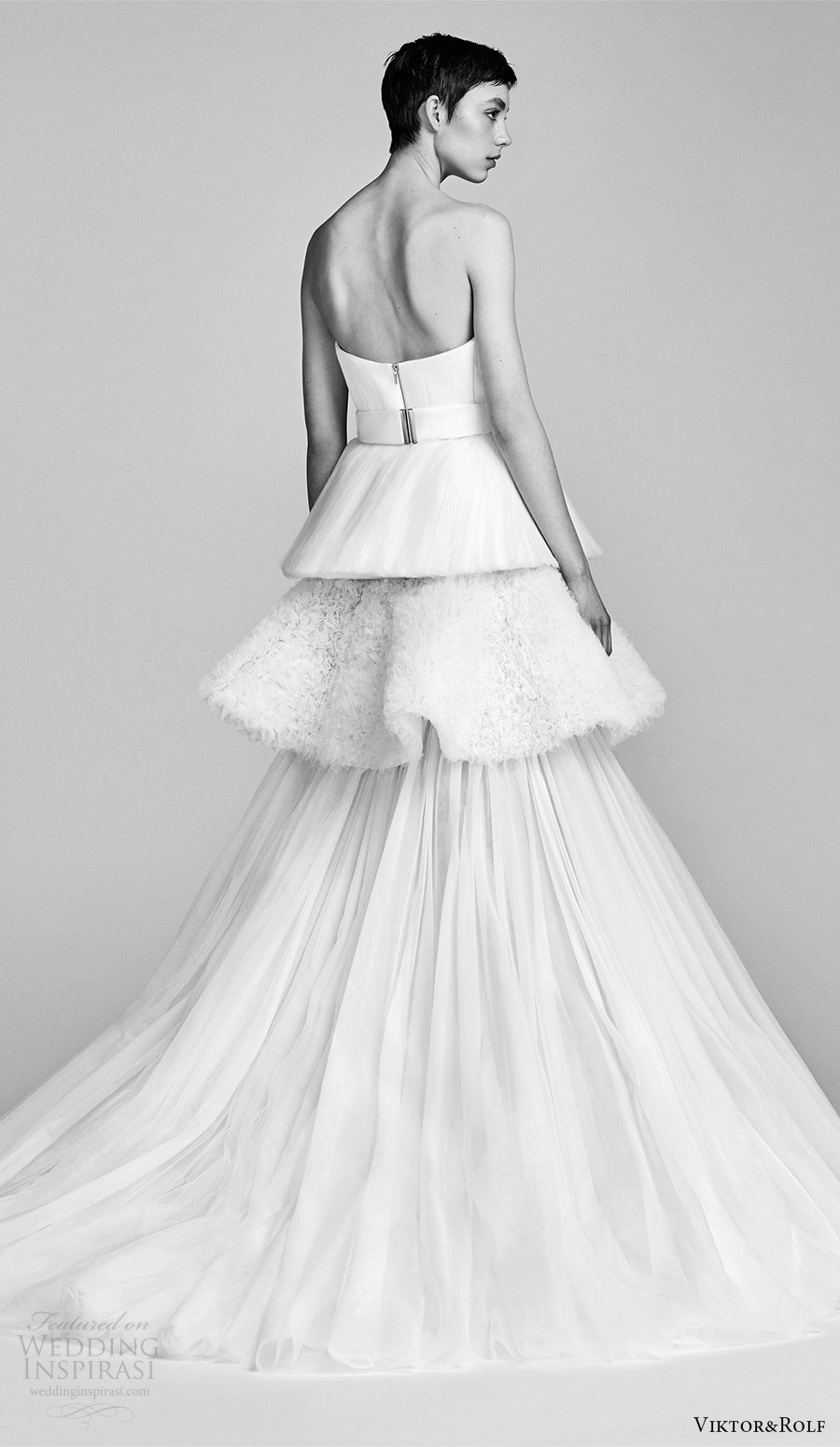 viktor and rolf spring 2018 bridal strapless straight across a line wedding dress (5) bv train tiered pleated skirt modern