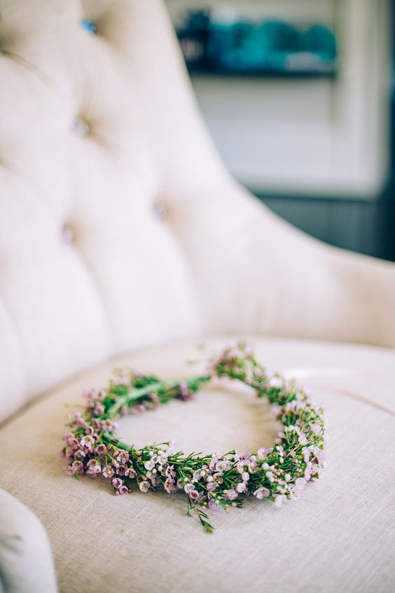 pink wax flower crown for no dull look