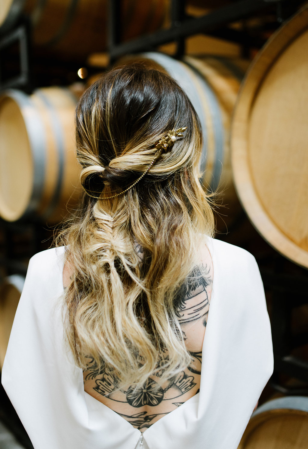 boho bridal wedding hair - photo by Chelsea Dier Photography http://ruffledblog.com/modern-san-francisco-winery-elopement