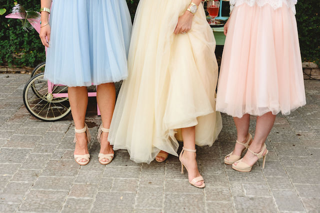 Pastel tulle bridesmaids dresses | Jessilynn Wong Photography