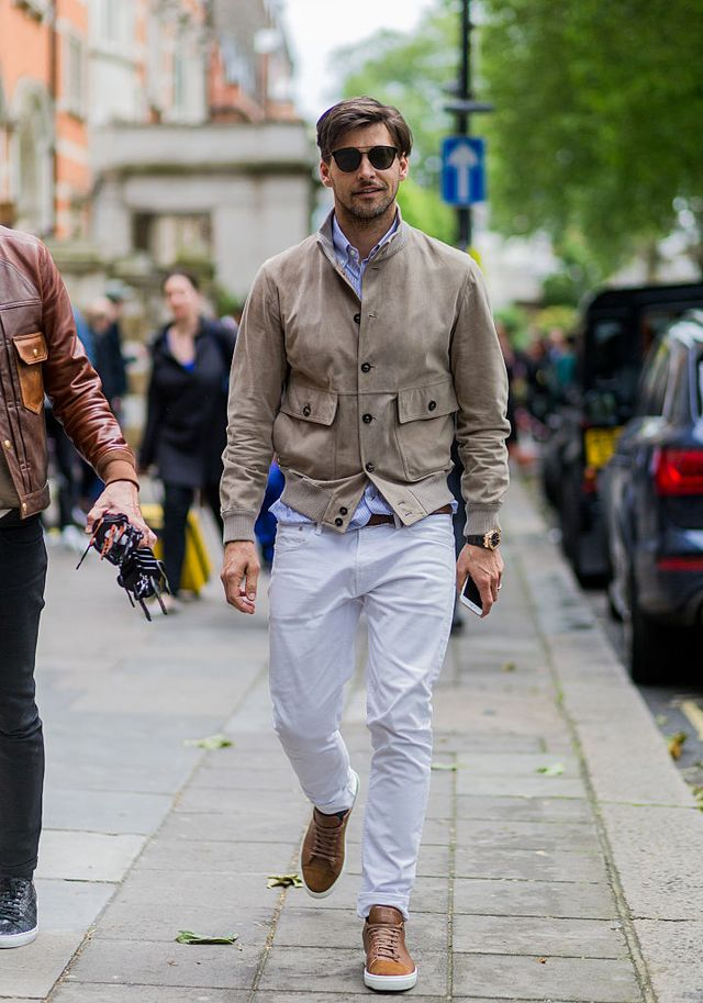 how to wear white jeans for men (28)