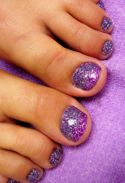 ombre purple glitter toe nails