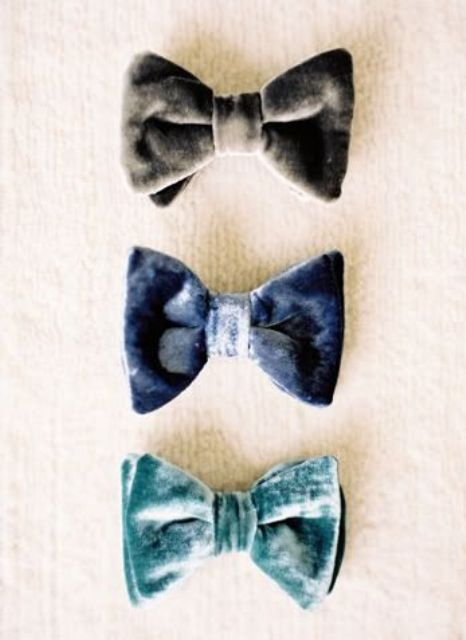 colorful velvet bow ties for grooms and groomsmen