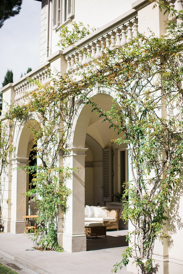 wedding venues - photo by Booth Photographics http://ruffledblog.com/watercolor-destination-wedding-in-florence