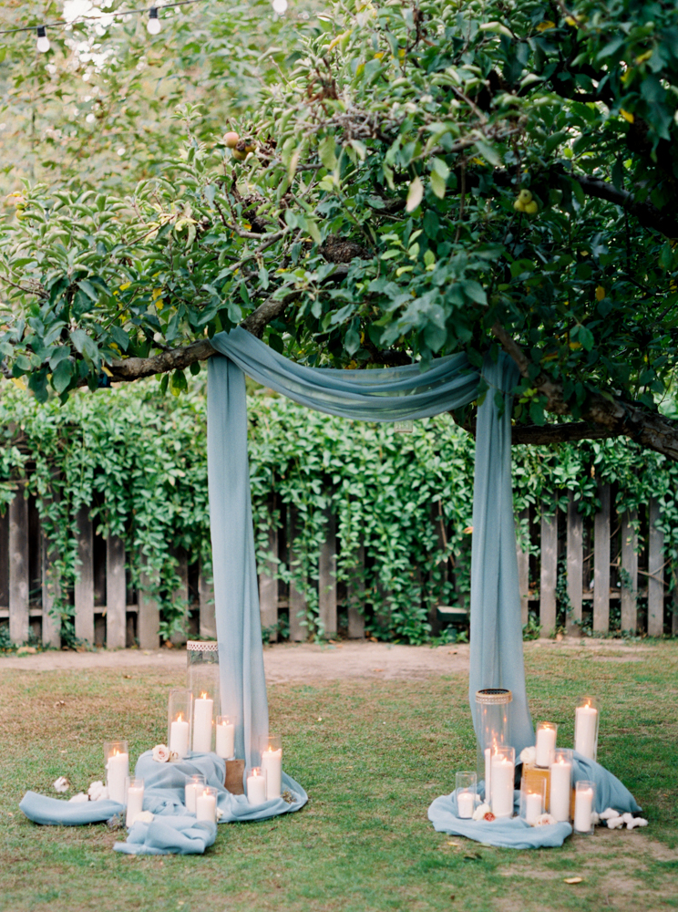 wedding ceremonies - photo by Dennis Roy Coronel http://ruffledblog.com/copper-blue-rancho-las-lomas-wedding-inspiration