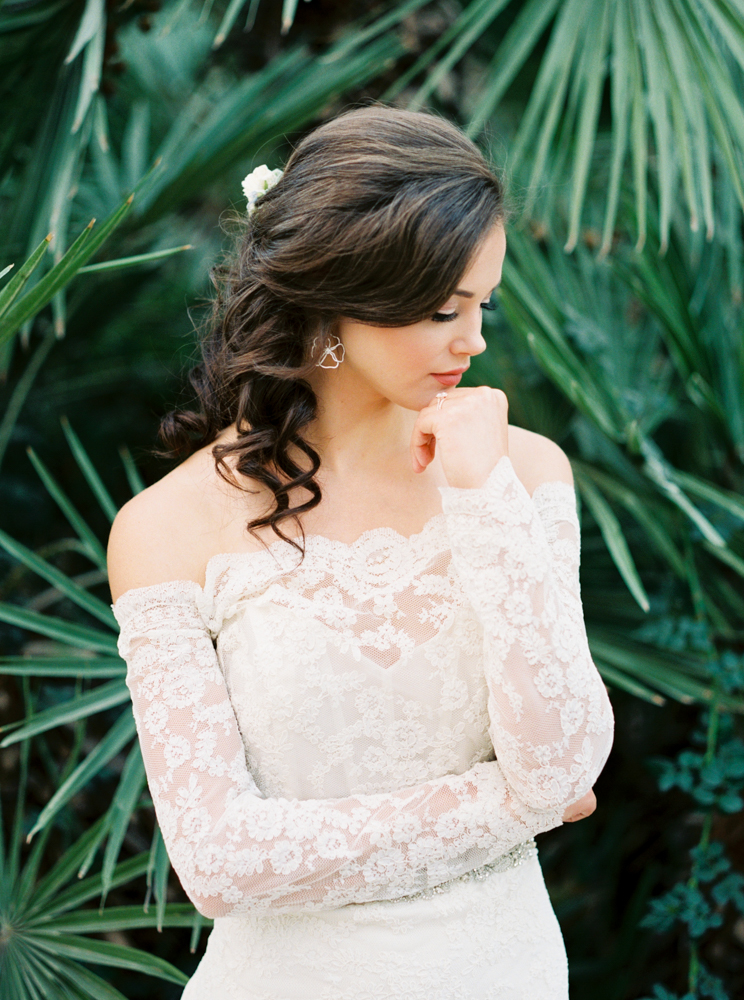 lace wedding dresses - photo by Dennis Roy Coronel http://ruffledblog.com/copper-blue-rancho-las-lomas-wedding-inspiration