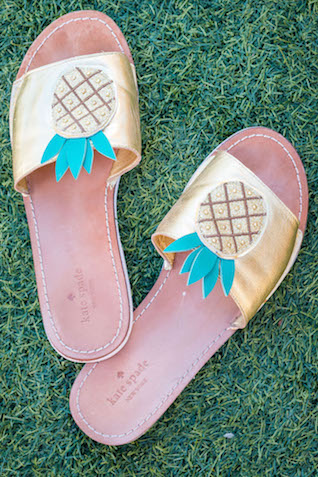 Kate Spade pineapple flip flops | Pura Soul Photography