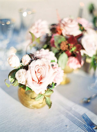 David Austin Rose centerpiece | Zosia Zacharia Photography