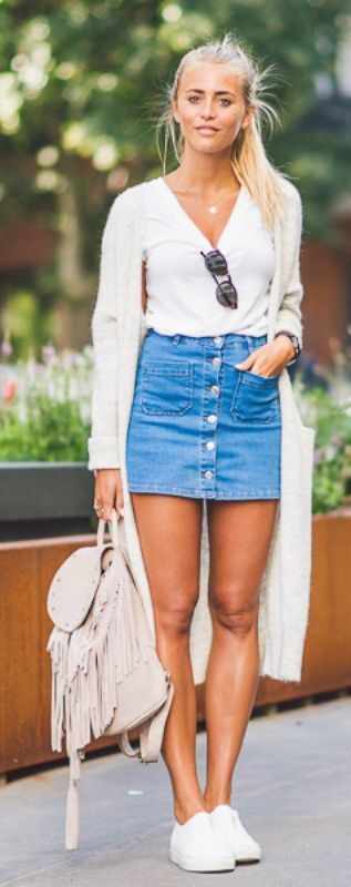 How to Wear Vans with Short Straight Skirt