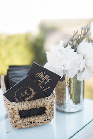 Calligraphy wedding programs | Leslie Hollingsworth Photography