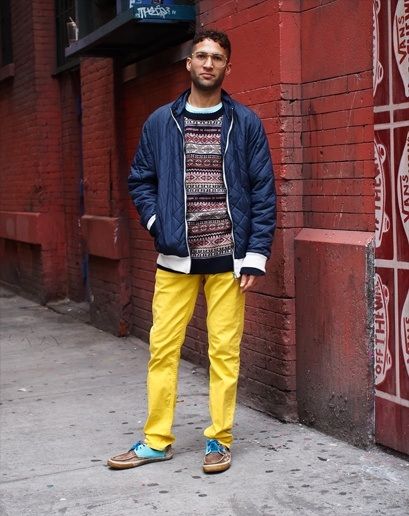 how to wear yellow pants for men (28)