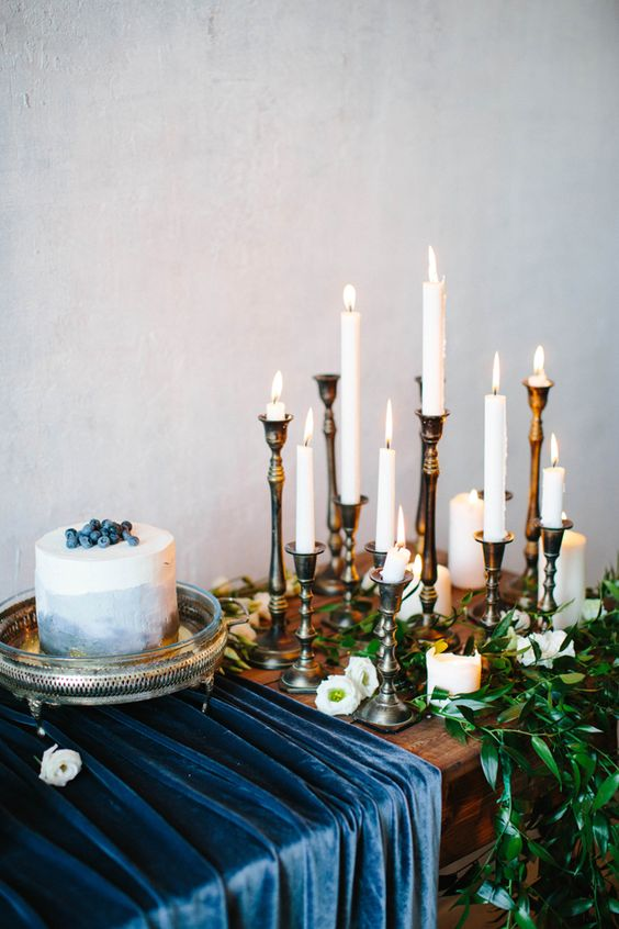 navy velvet table runner for the cake table echoes with the blueberry cake