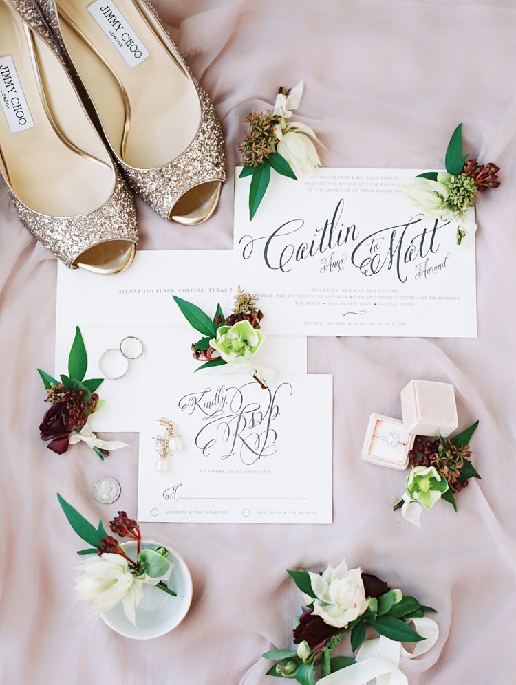 wedding stationery - photo by Bethany Erin Photography http://ruffledblog.com/modern-meets-rustic-wedding-in-dallas