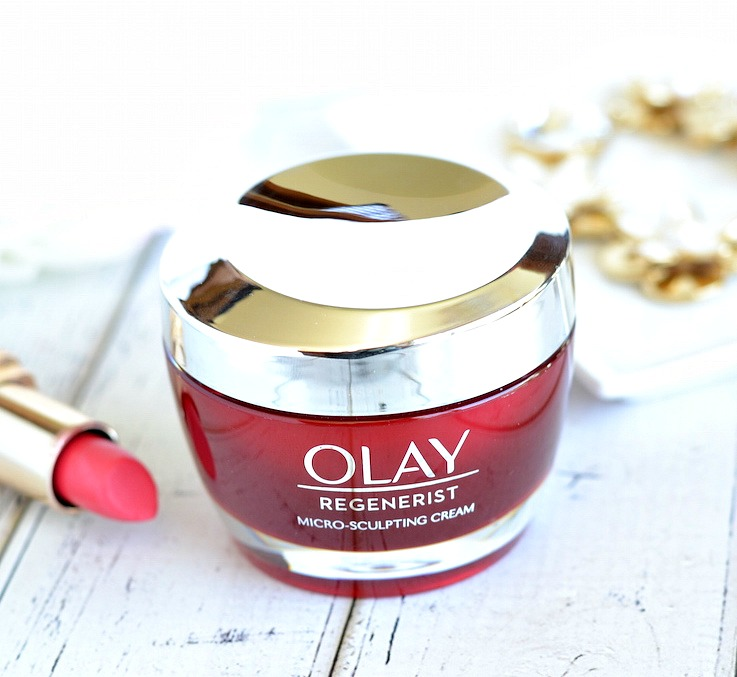 Soft, smooth and supple skin shouldn't be a luxury and @OlayUS Regenerist Micro-Sculpting Cream proves that! This drugstore favorite anti-aging moisturizer outperforms 10 top expensive creams, including one with a $  440 price tag! Give it a try now and streamline your skincare routine down to one effective anti-aging + hydrating cream that's only $  26.99!