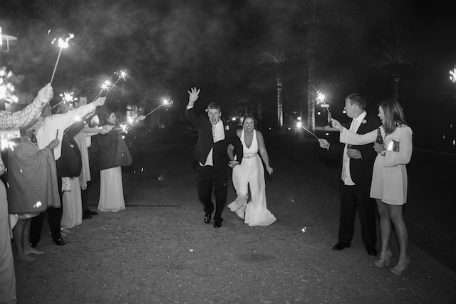 Sparkler send-off | Leslie Hollingsworth Photography