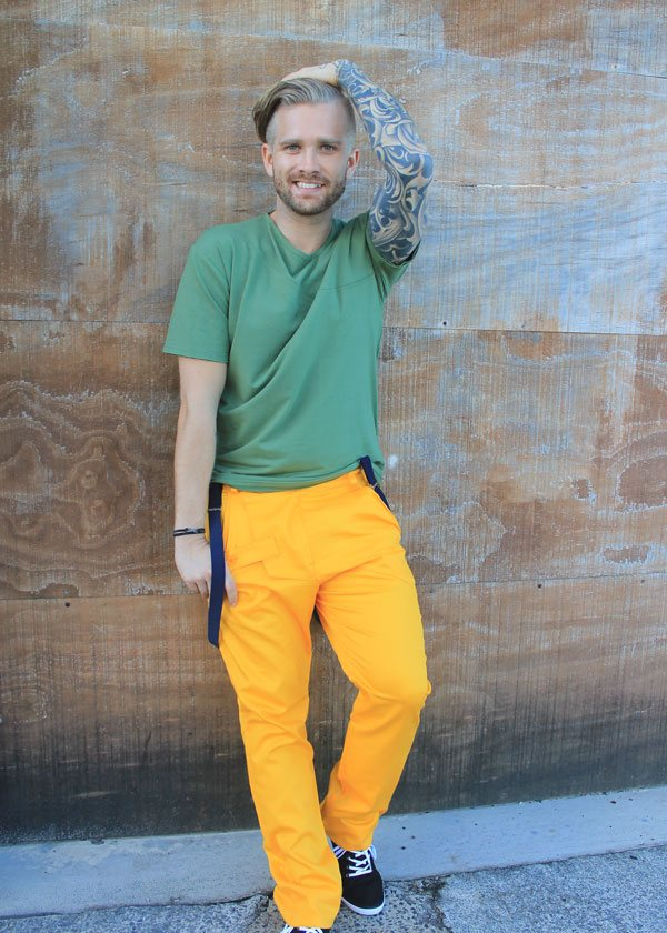 how to wear yellow pants for men (20)