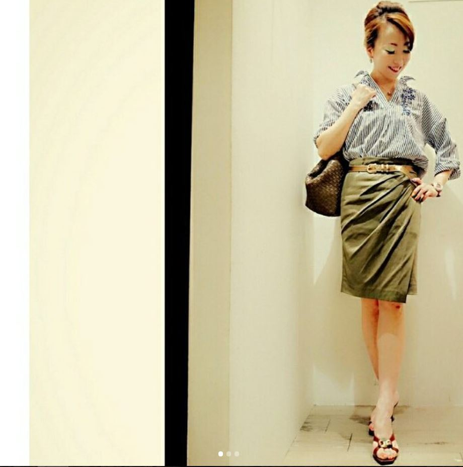 Ways to Wear a Wrap Skirt in Style (1)